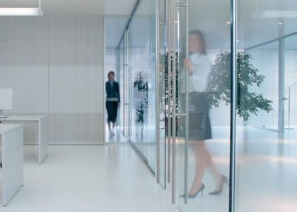 4 Reasons Why You Should Include Glass Office Partitions in Your Office Fit out