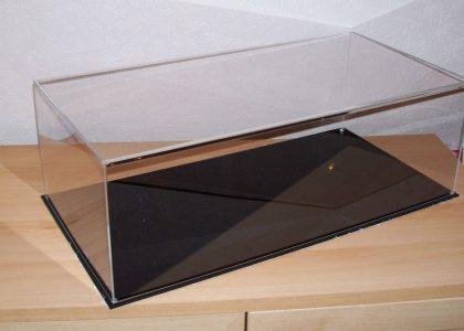 Benefits of acrylic cases