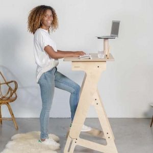 MOVI's stand up desk