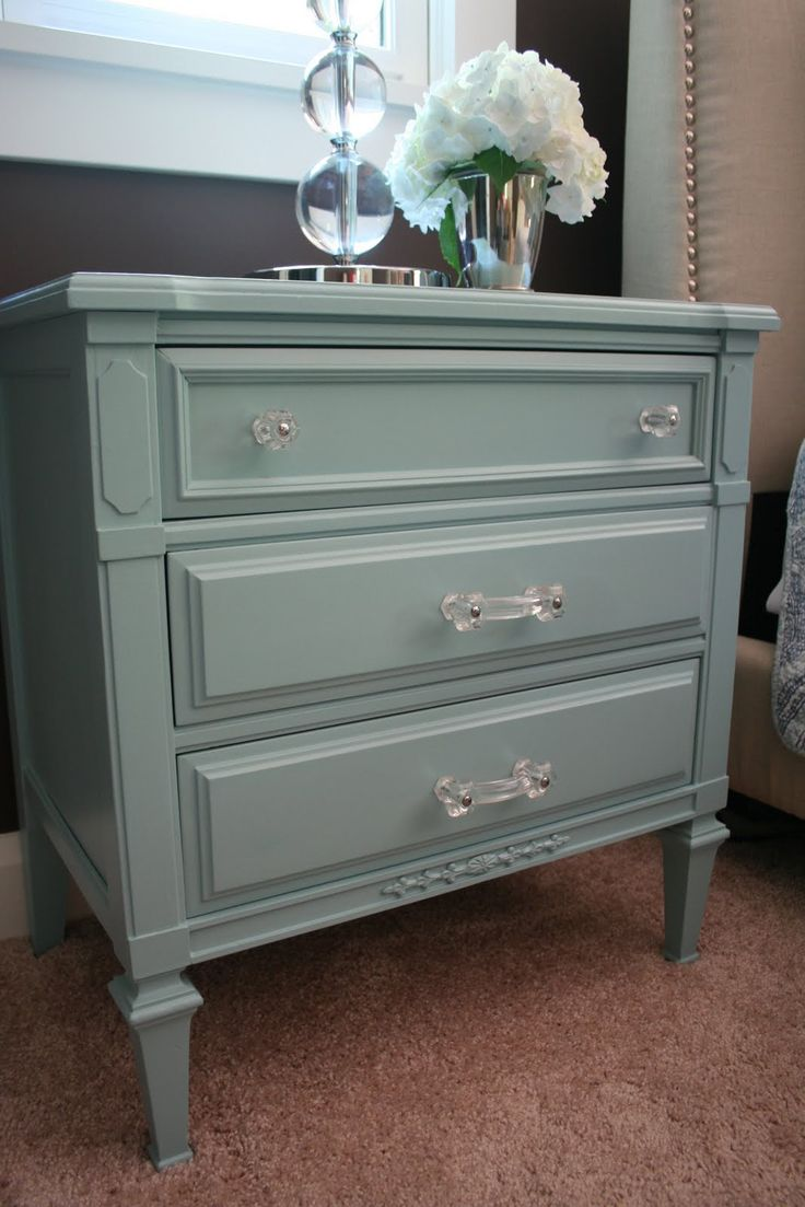 Spend Less on Refurbishing Furniture and Still Manage a Stunner!