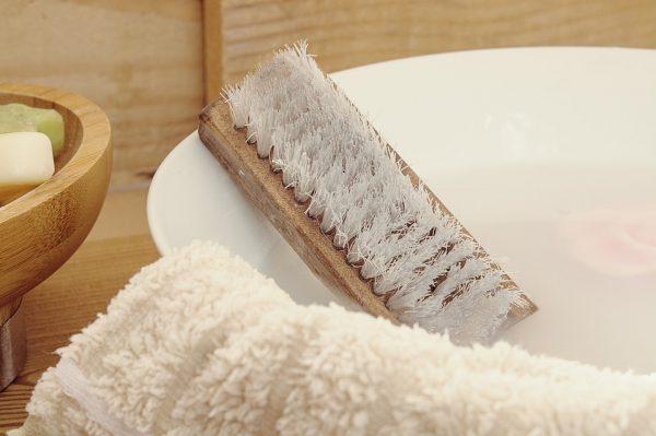 Bleach Free Bathroom Disinfecting Options