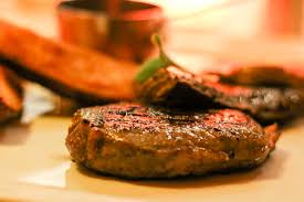 How to Enjoy Great Steak When Eating Out or Dining at Home: 5 Rules